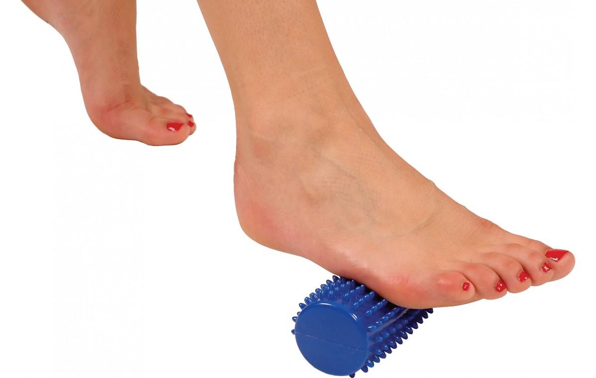 Wałek terapeutyczny (sensoryczny) Mambo Massage Roll MoVes niebieski 16 x 5 cm 04-030121