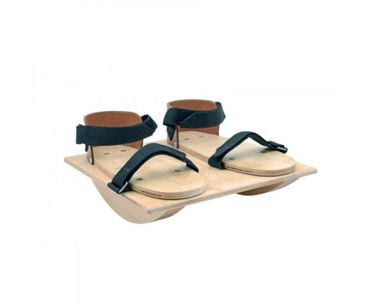 Wycinek walca z sandałami