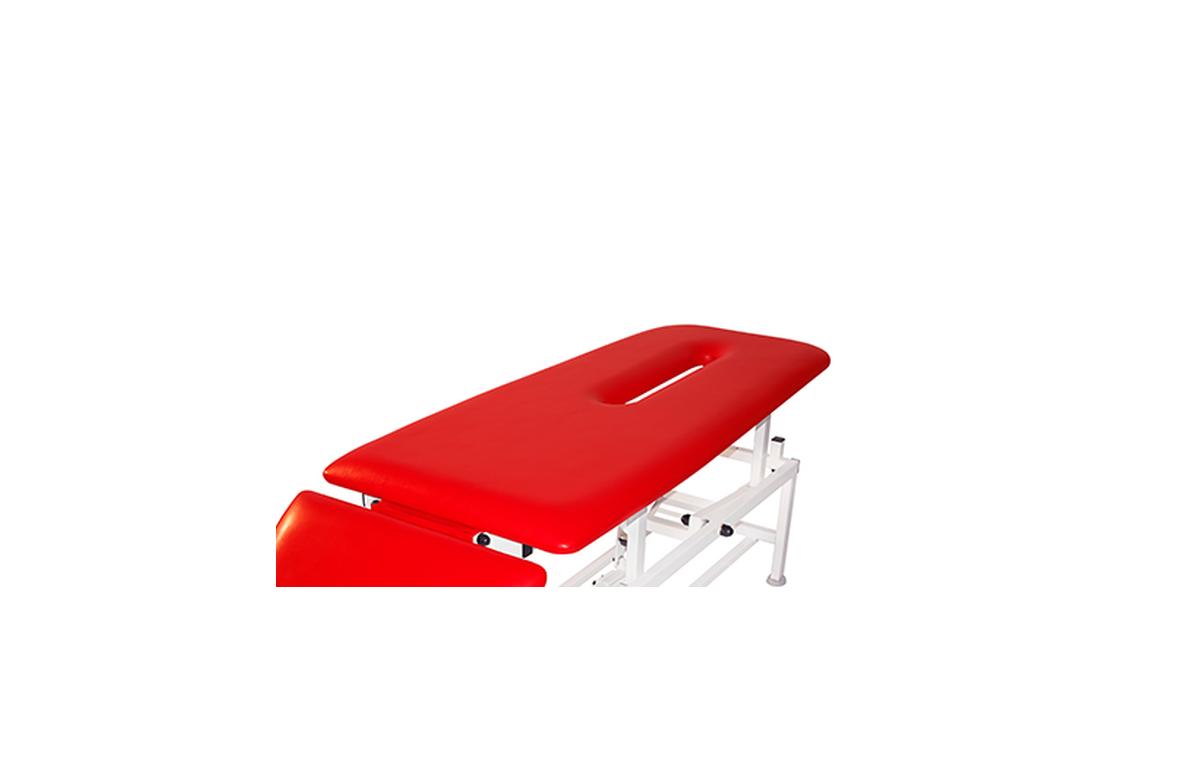 Otwór w leżysku stołu z zatyczką (do stołów MASTER i MASTER PRO)