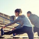 rozciąganie podczas biegania