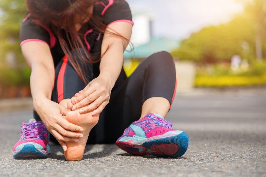 Zapalenie rozcięgna podeszwowego - dolegliwość często występująca u biegaczy