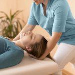 Ból mięśnia mostkowo-obojczykowo-sutkowego - fizjoterapia