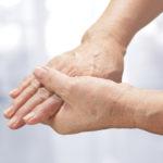 Polineuropatia - zaburzenia czucia, drętwienie, mrowienie rąk