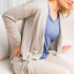 Lumbago (postrzał) - ból w dolnym odcinku kręgosłupa